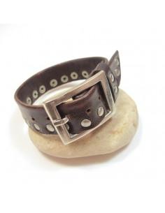 Bracelet en cuir marron et clous
