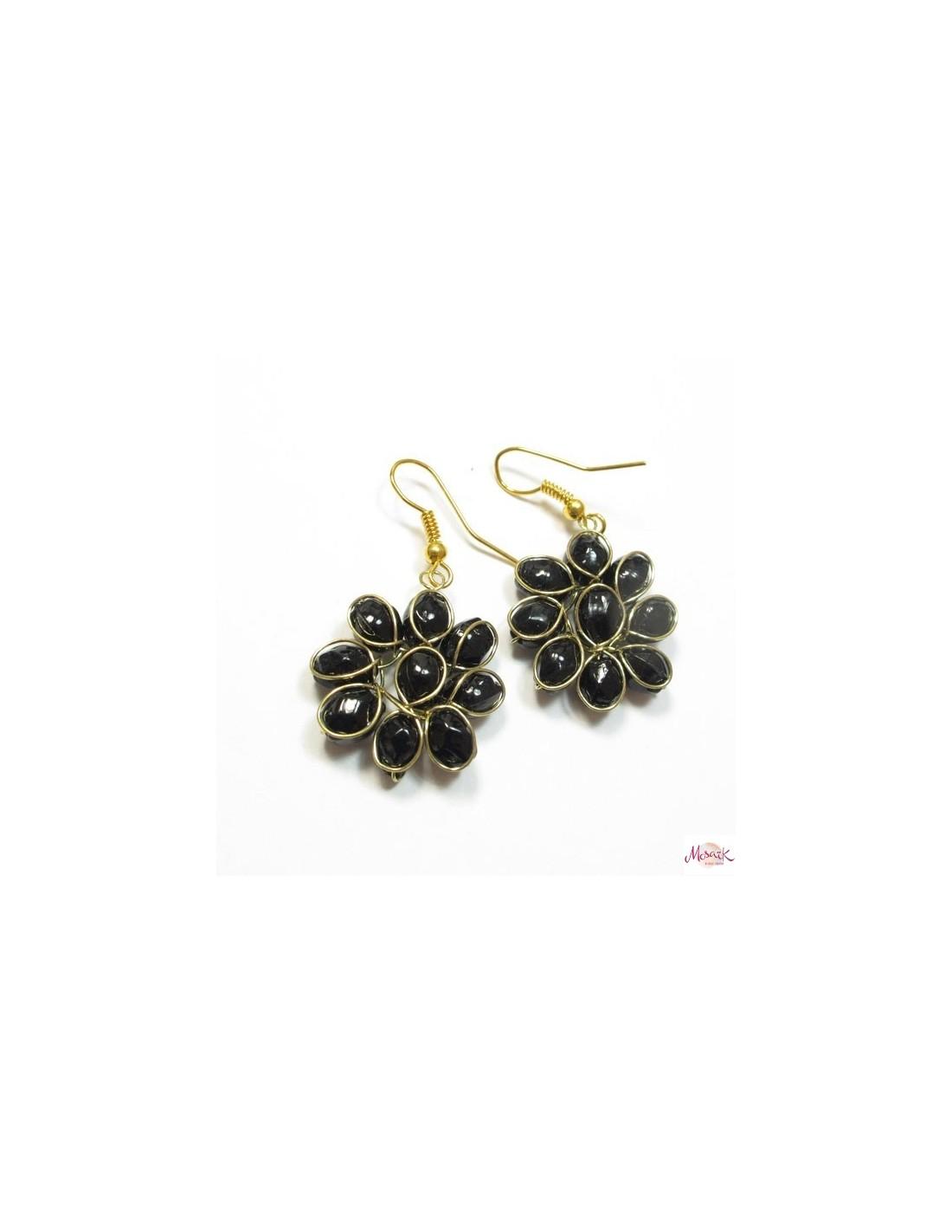 boucles d 39 oreilles fleurs boutique de boucles d 39 oreilles fantaisie bo114. Black Bedroom Furniture Sets. Home Design Ideas