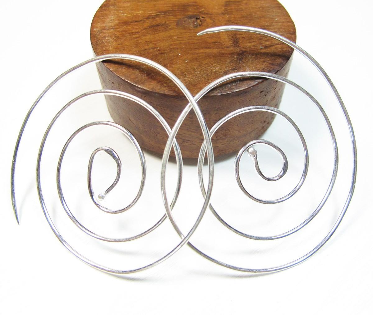 boucle d 39 oreille argent spirale bijou argent original. Black Bedroom Furniture Sets. Home Design Ideas