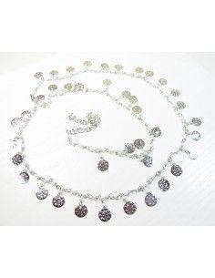 chaine de taille argentée et perles blanches