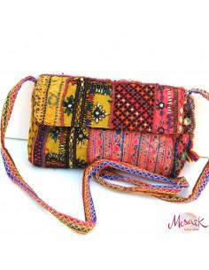 sac à main brodé du Gujarat