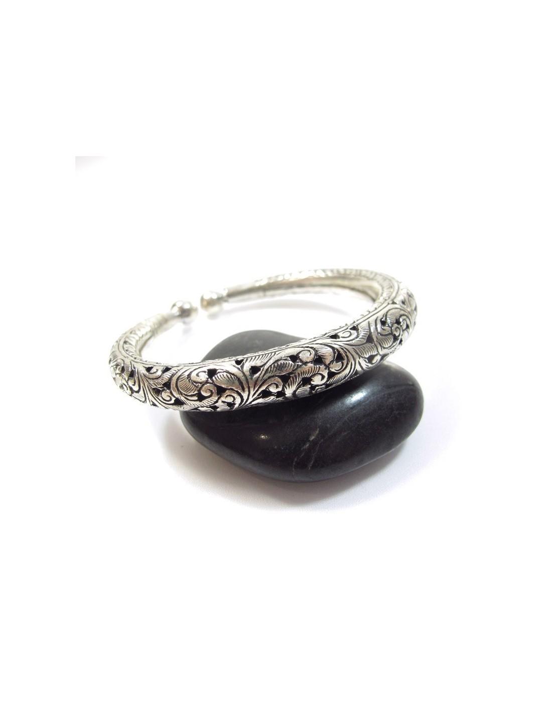 bracelet jonc argent travaill vente de bracelets et. Black Bedroom Furniture Sets. Home Design Ideas