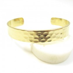 bracelet doré martelé