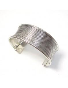 bracelet strié en métal argenté