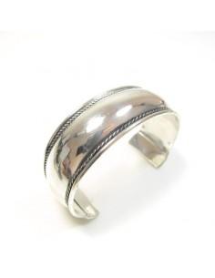 bracelet métal argenté lisse