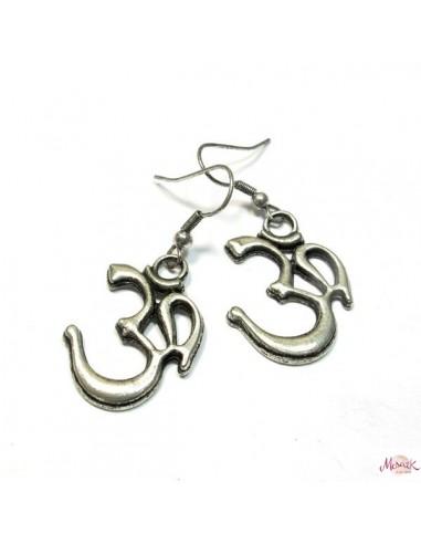Boucles d'oreilles AUM métal argenté