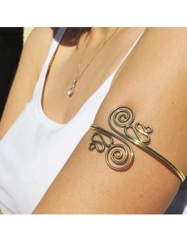 bracelet de bras torsadé
