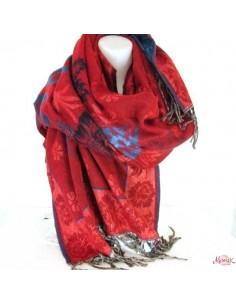 Large écharpe rouge à motifs