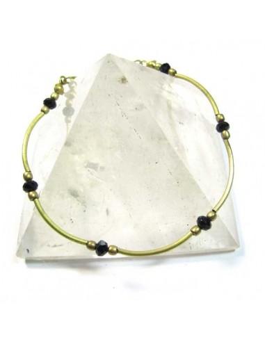 bracelet fin doré et perle noires