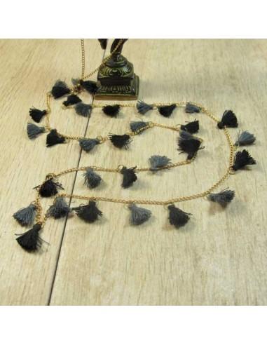 collier à pompons noirs et gris