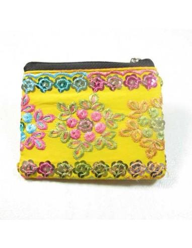 porte monnaie brodé jaune et rose