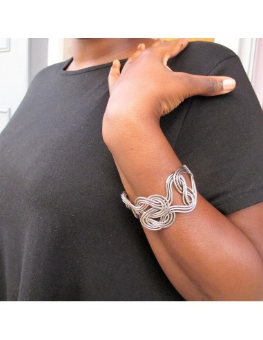 Bracelet torsadé en métal argenté