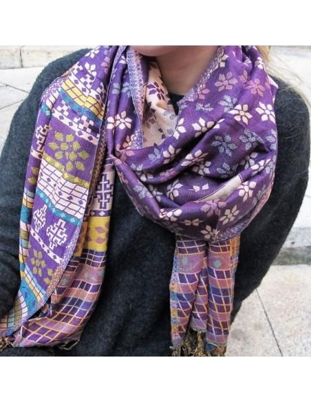 Etole violette à fleurs