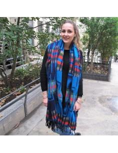 Grande écharpe turquoise et noire à motifs 2