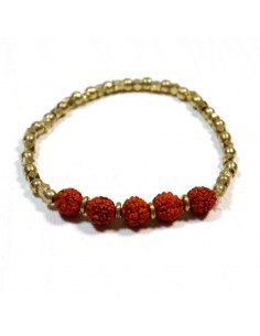 Bracelet doré et perles rudraksha