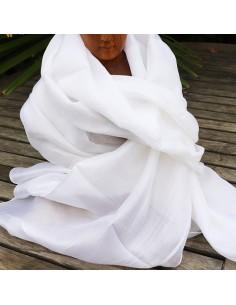 foulard en soie  blanc