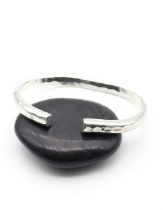 Bracelet fin argenté martelé 2