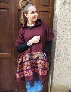 Poncho marron motifs... 2