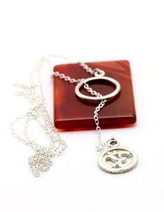 Collier argent cravate AUM
