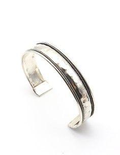 Bracelet martelé en métal... 2