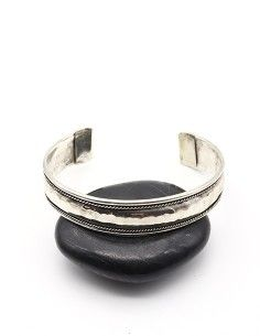 Bracelet martelé en métal...