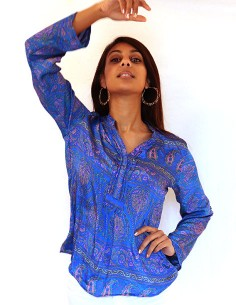 Chemise bleue à motifs... 2