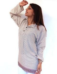 Longue chemise crème à motifs 2