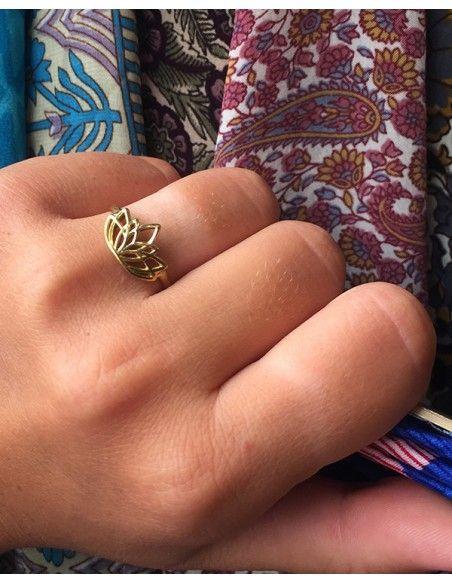 Bague fleur de lotus dorée - Mosaik bijoux indiens