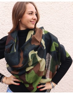 Echarpe en laine camouflage