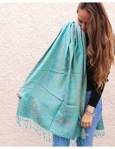 Etole turquoise à motifs en... 2