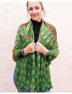 Grand foulard en soie vert...