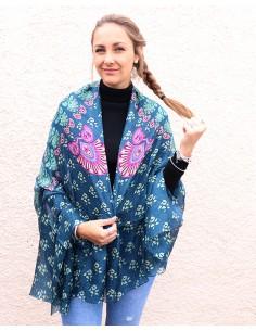 Grand foulard en soie bleu...