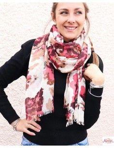 Foulard en laine beige et rose
