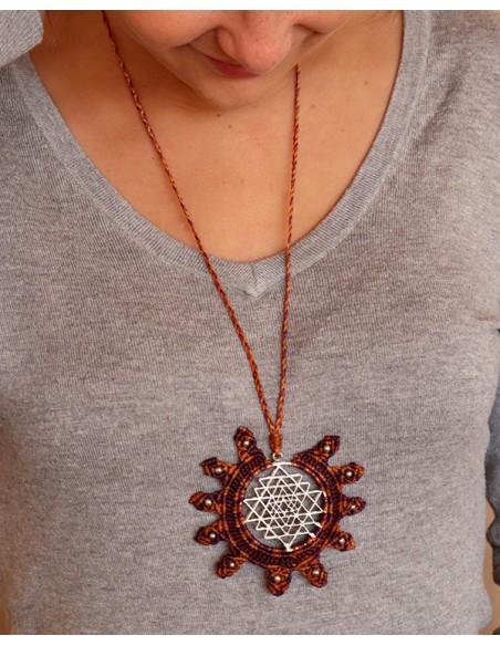 Collier macramé et pendentif shri yantra - Mosaik bijoux indiens