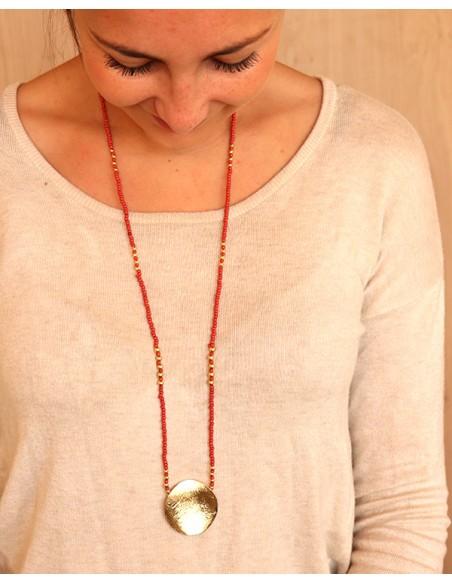 Sautoir en perles rouges et dorées - Mosaik bijoux indiens