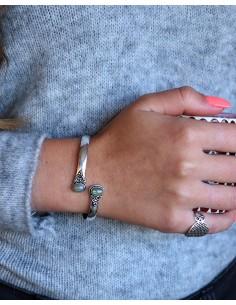 Bracelet jonc argenté et 2... 2