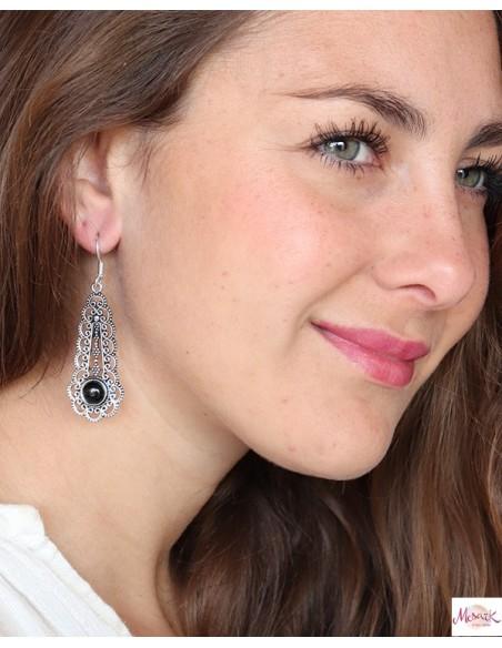 Boucles d'oreilles argentées travaillées et onyx - Mosaik bijoux indiens