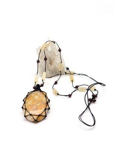 Collier en Corail fossile monté sur fil de coton - Mosaik bijoux indiens