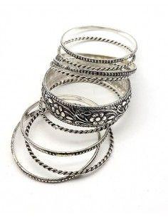 Lot de 9 bracelets joncs en...
