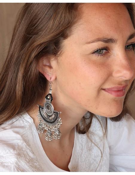 Grosse boucles d'oreilles ethniques travaillées à pampilles - Mosaik bijoux indiens