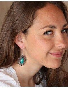 Grosse boucles d'oreilles argentées fleurs et turquoise 2