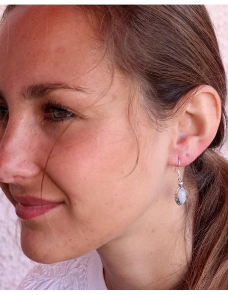 Boucles d'oreilles pierre blanche - Mosaik bijoux indiens