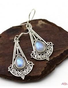 Boucles d'oreilles ethniques argent et pierre blanche - Mosaik bijoux indiens