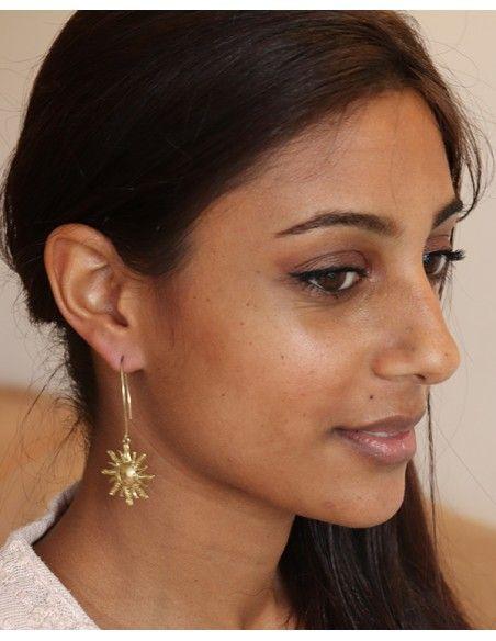 Boules d'oreilles fines laiton et soleil - Mosaik bijoux indiens