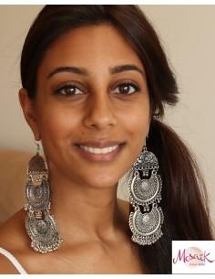 Boucles d'oreilles ethniques argentées grelots - Mosaik bijoux indiens 2
