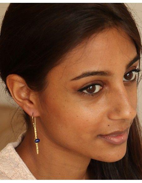 Boucle d'oreille dorée et pierre bleue - Mosaik bijoux indiens
