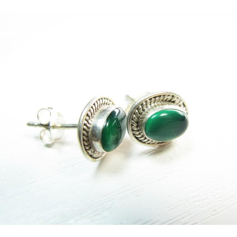 boucle ovale clou d 39 oreille en argent et pierre agate verte bijoux en argent en ligne. Black Bedroom Furniture Sets. Home Design Ideas