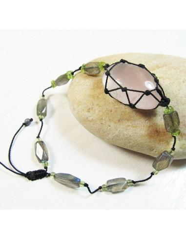 bracelet en pierres quartz rose et labradorite sur fil