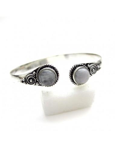 bracelet metal argenté et pierre de lune