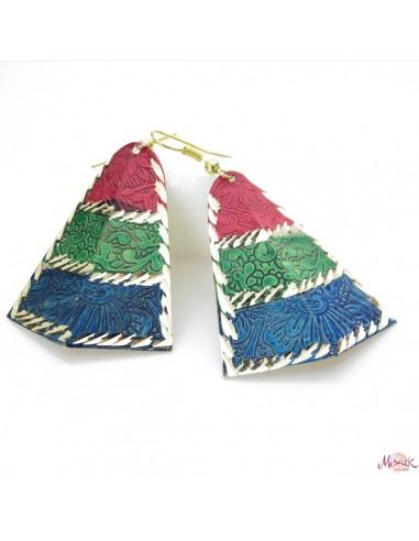 boucle d'oreille triangle bleue, verte et rose
